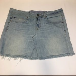 GAP Light Wash Frayed Denim Skirt